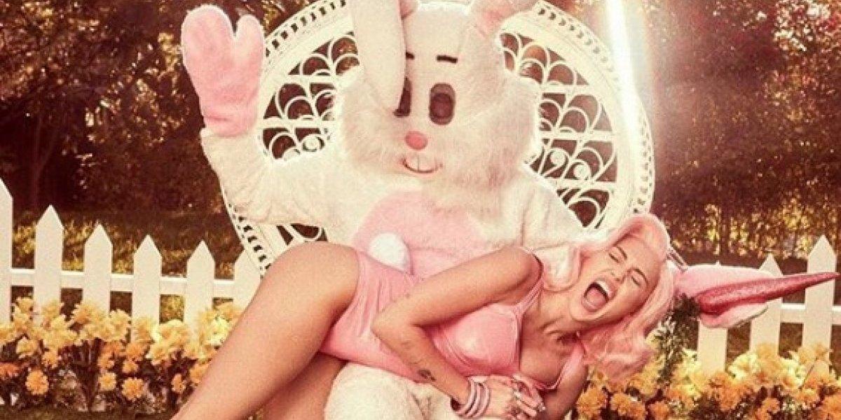 Foto de Miley Cyrus llama la atención de Bad Bunny