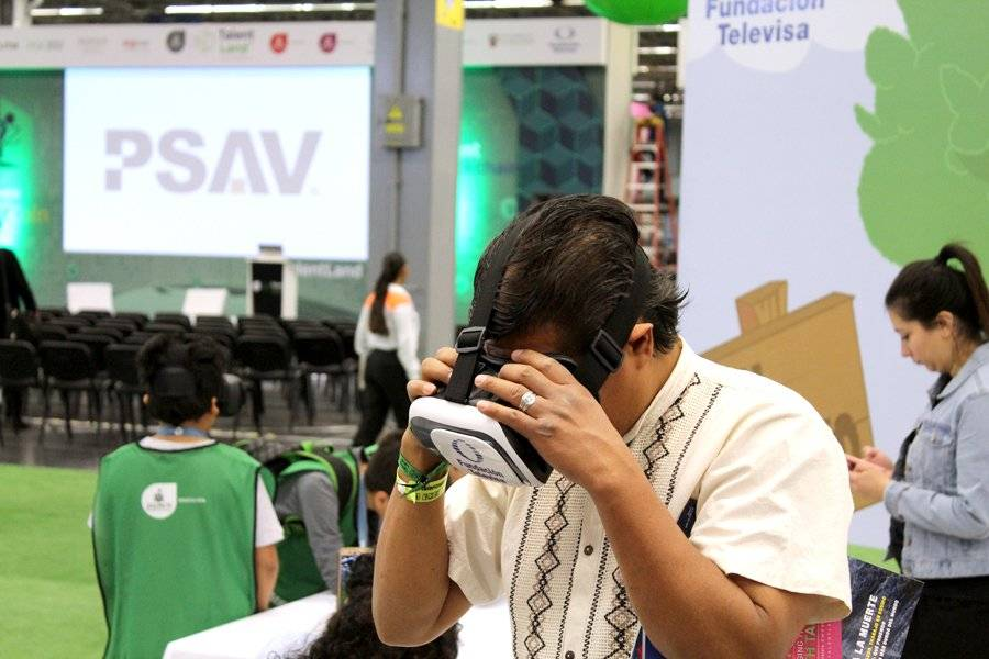 Entre las actividades, habrá laboratorios sobre el desarrollo de realidad virtual. FOTO: Héctor Escamilla