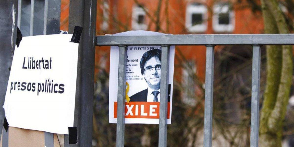 Líder catalán se acerca a la cárcel: fiscalía alemana quiere concretar la extradición de Puigdemont a España