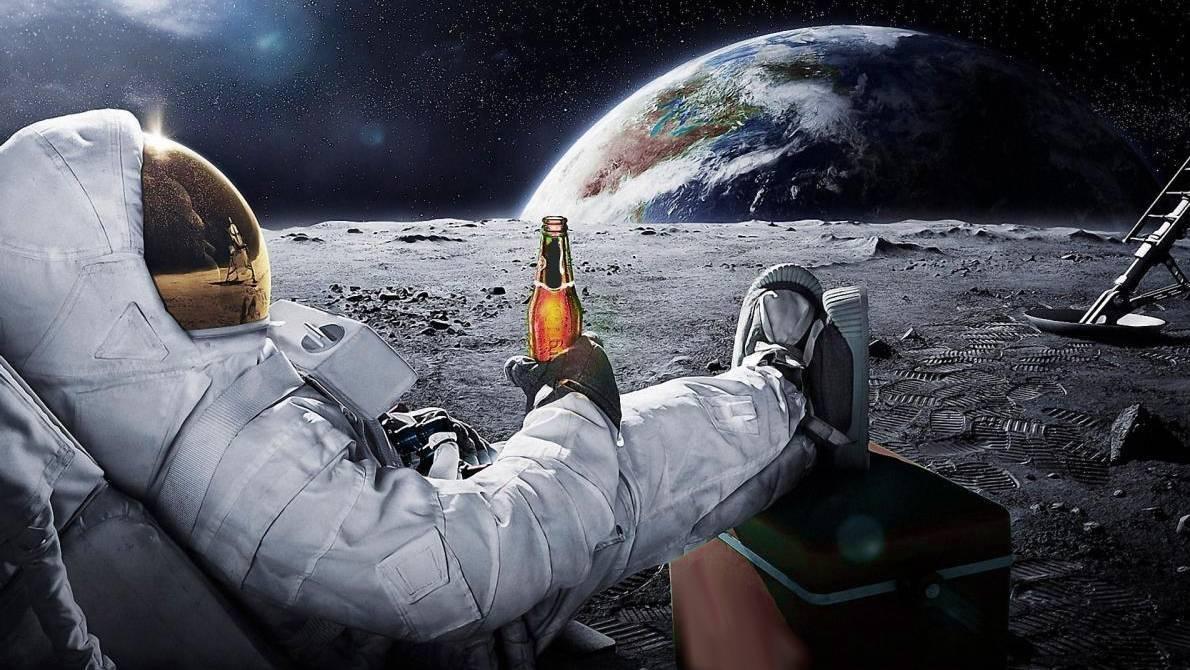 Lanzan un pan de ajo a la orilla del espacio, solo para poder comerlo después