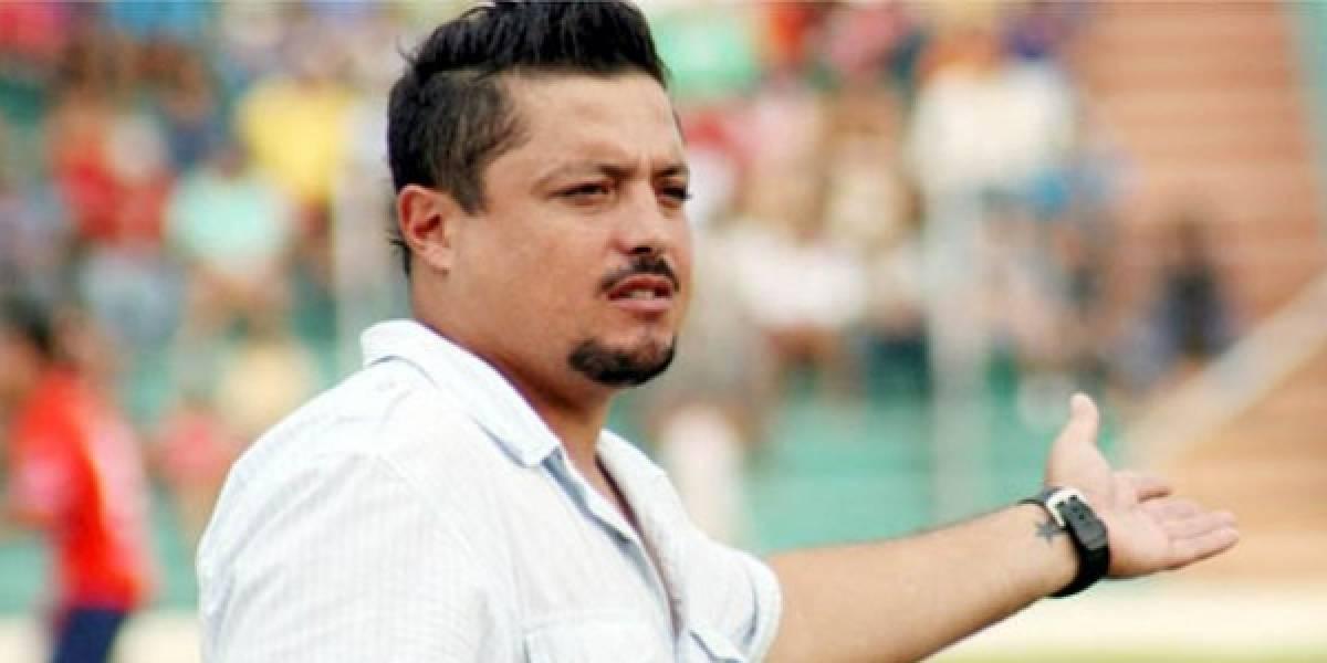 Destituyen a entrenador mexicano David de la Torre en Bolivia