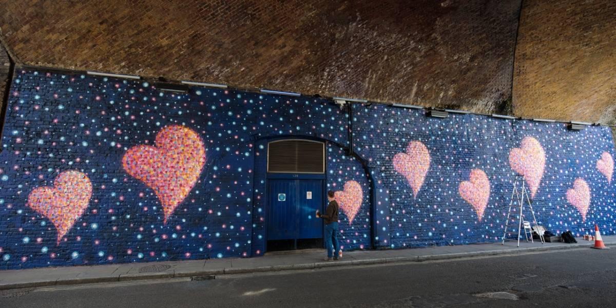 Mural por víctimas del ataque al Puente de Londres