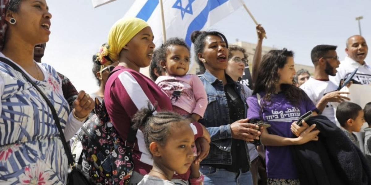 Israel anula acuerdo con la ONU sobre migrantes