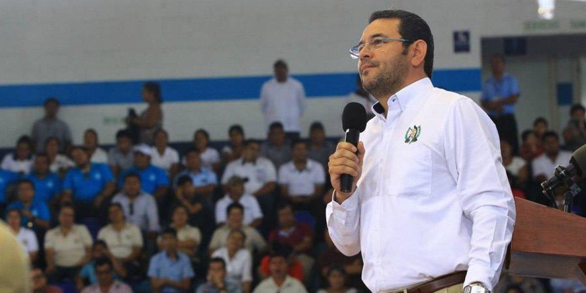 Jimmy Morales realiza gira para divulgar la consulta popular