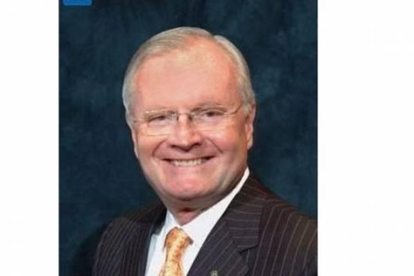 Walter Higgins, director ejecutivo de la Autoridad de Energía Eléctrica.