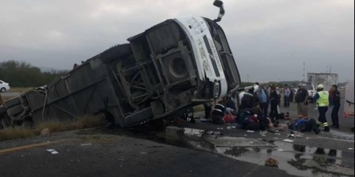 Volcadura de autobús en Reynosa deja un muerto y 20 lesionados