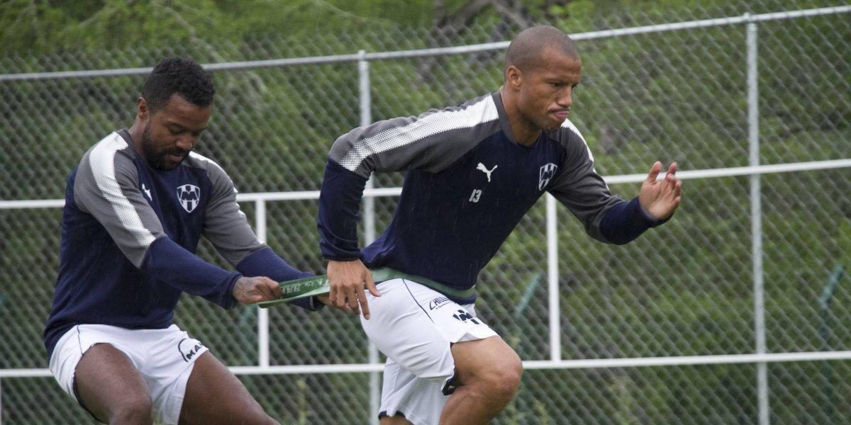 Niega Carlos Sánchez diferencias con Antonio Mohamed