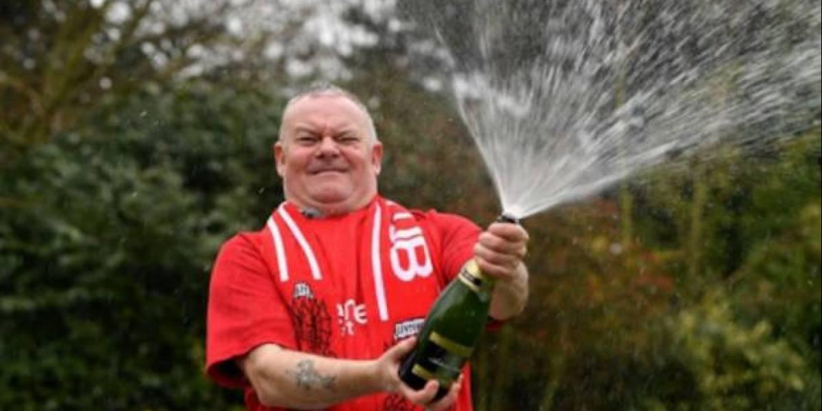 Británico desempleado gana la lotería tras su novia romper la relación de 5 años