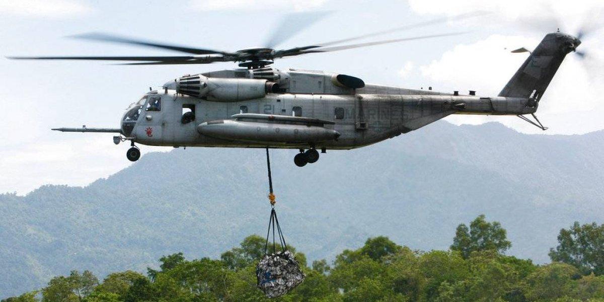 Helicóptero militar deja varios muertos tras estrellarse en California
