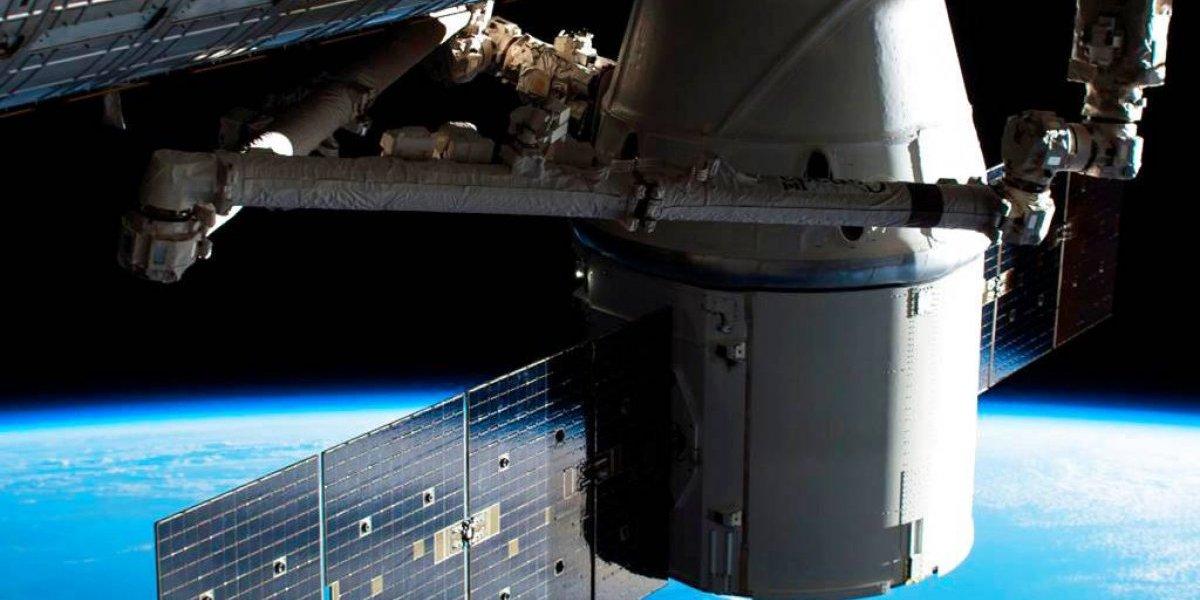 Llega con alimentos la cápsula SpaceX a estación espacial