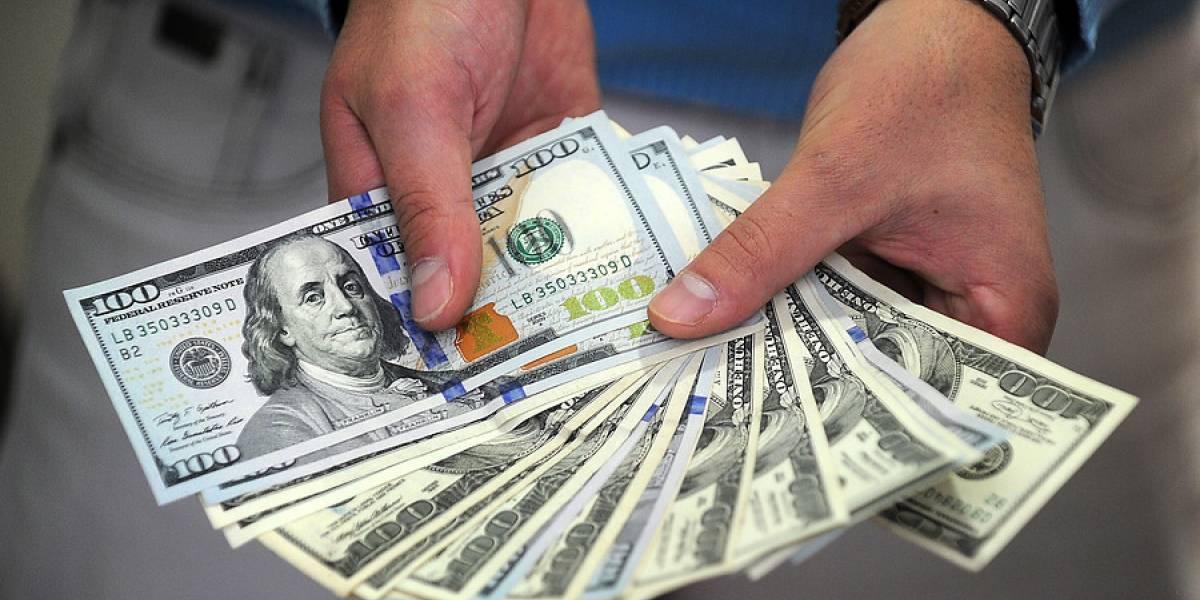 ¿Qué pasó? Dólar se derrumba $14 en dos días