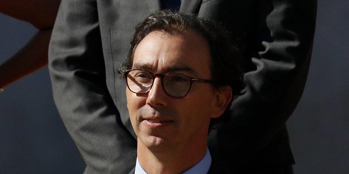 Denuncian conflicto de interés del subsecretario de Educación Raúl Figueroa