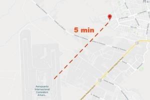 La distancia entre la casa de Cecilia Colihuinca y el Aeropuerto Pudahuel / Imagen de Google Maps