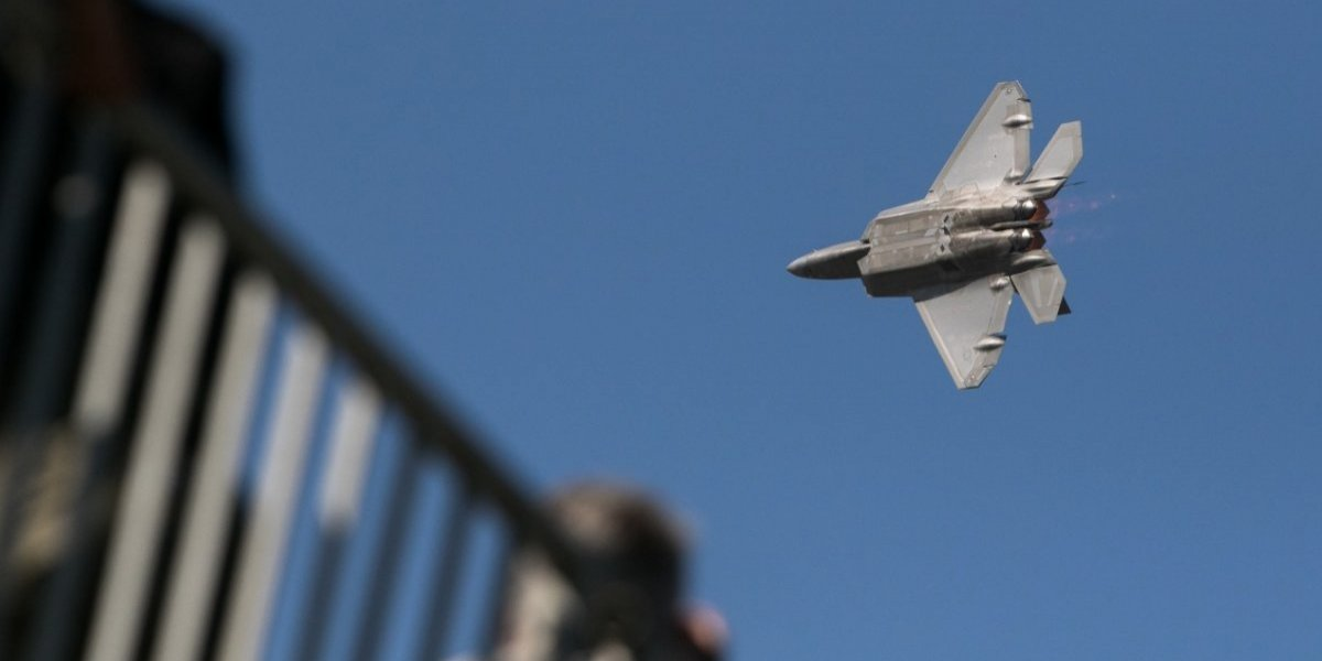 La odiada arista de la Fidae: el ruido de los aviones que enloquece a vecinos del aeropuerto