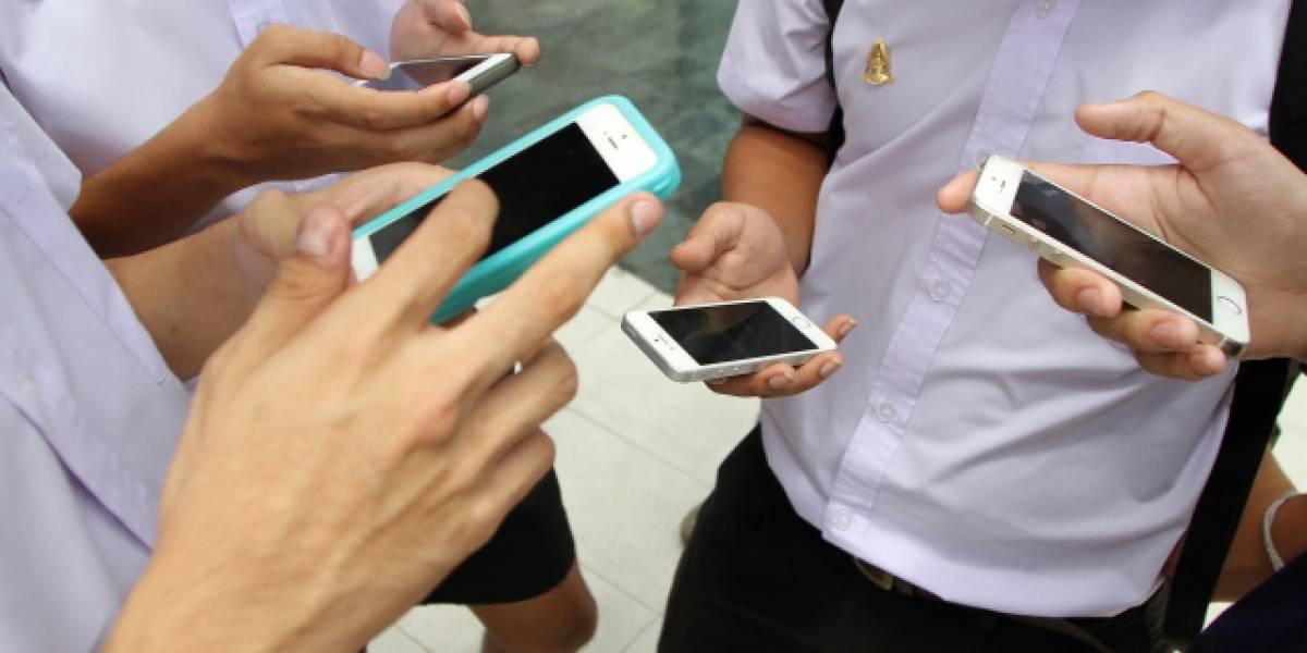 SERNAC denuncia a tres empresas de telefonía móvil por publicidad engañosa