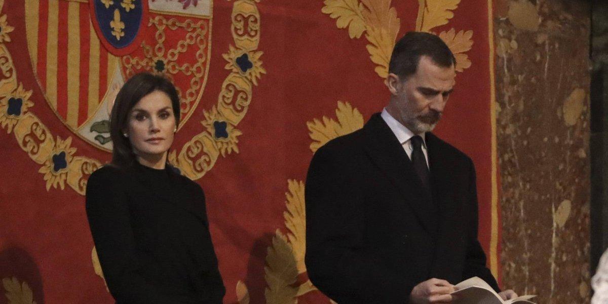 """La Reina Letizia está """"preocupada y dolida"""" por video de su pelea con la Reina Sofía"""