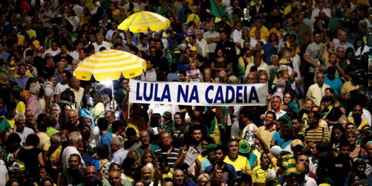 Hasta anoche miles pedían que Lula fuera a la cárcel