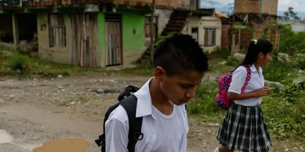 En Mocoa, los niños llevan el dolor al colegio