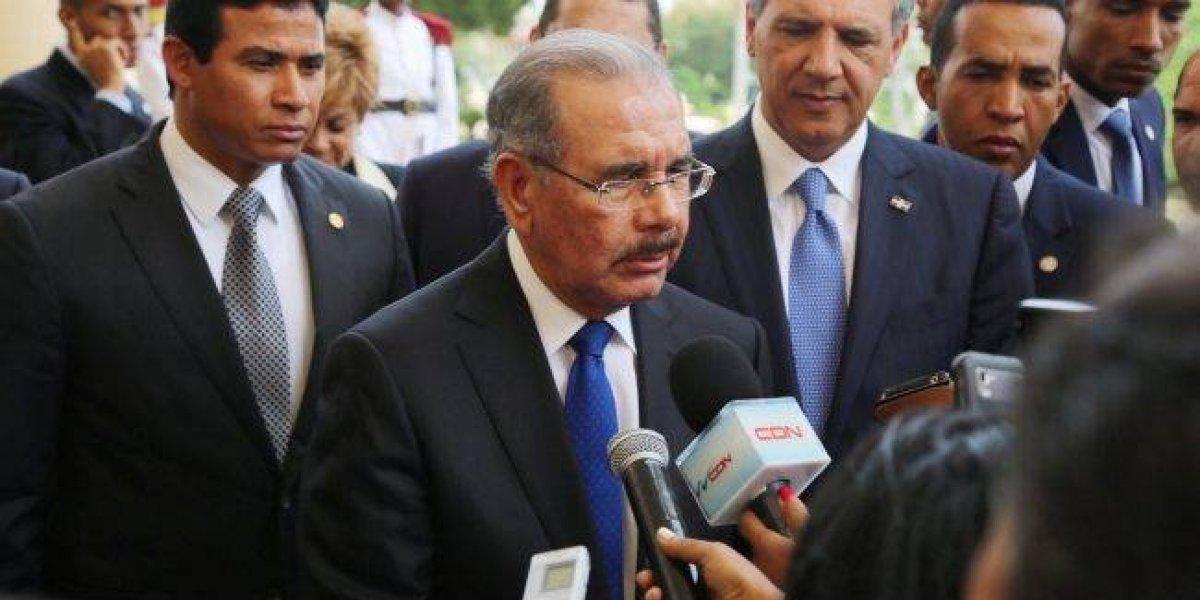 Medina expresa respeto por labor de los periodistas