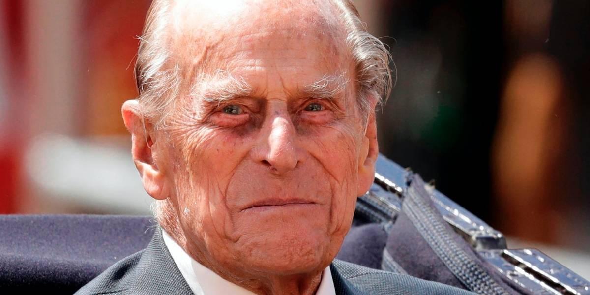 Palacio dice príncipe Felipe se recupera de cirugía
