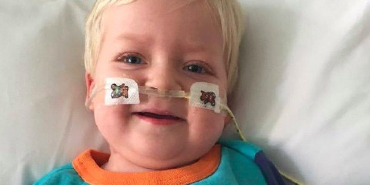 El pequeñito que despertó de un coma cuando ya no había esperanzas