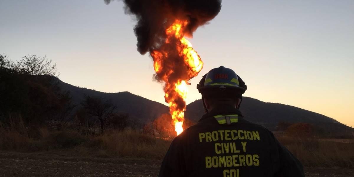 Reportan incendio por tomas clandestinas en Tlajomulco de Zúñiga, Jalisco