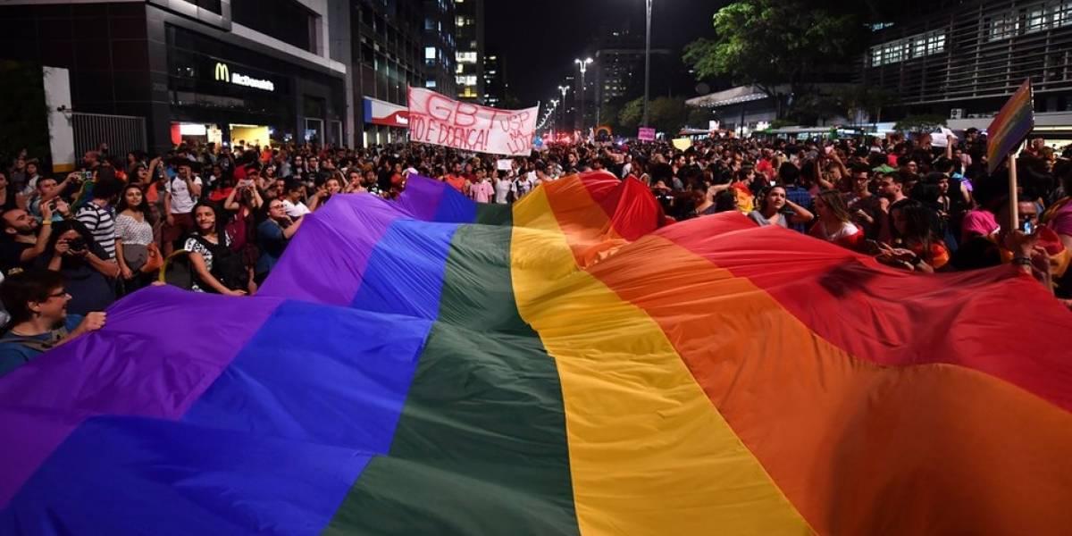 OMS tira a transexualidade da lista de doenças mentais