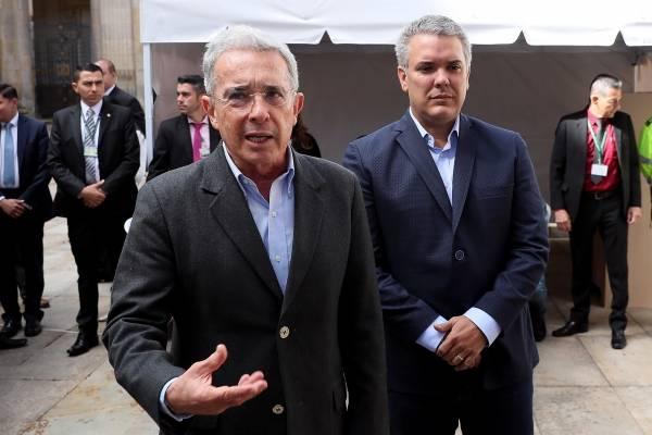 Demandas contra Álvaro Uribe