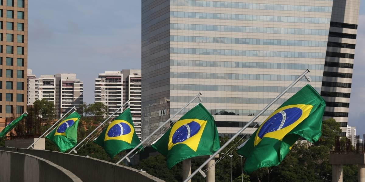 'É pela Copa ou eleição?': o que estão achando das bandeiras do Brasil espalhadas por SP