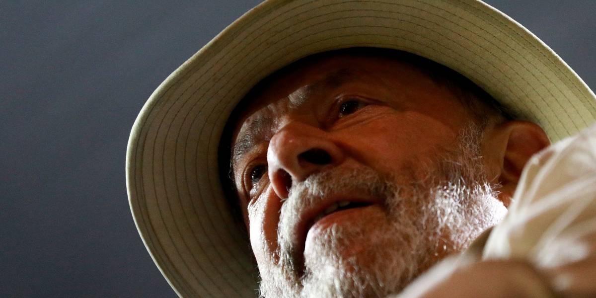 Lula diz que será candidato para 'recuperar soberania do País'