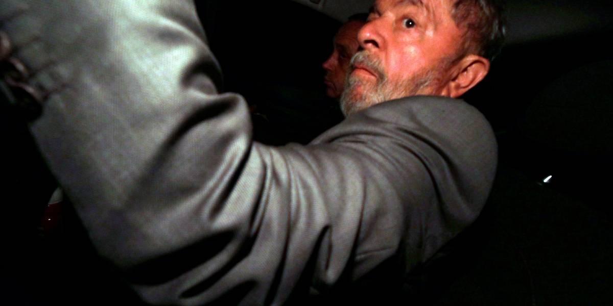 Lula preso quer de volta benefícios de ex-presidente