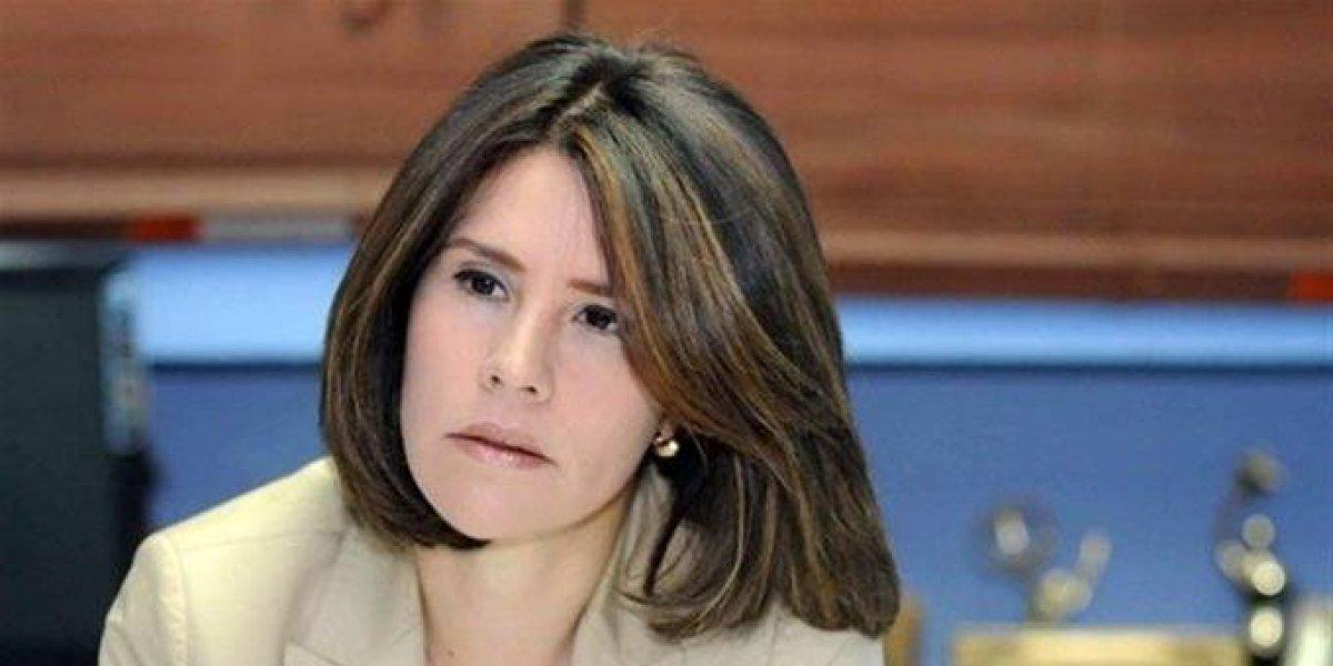 """Alicia Ortega afirma """"Una amenaza no nos hará jamás cambiar el rumbo"""""""