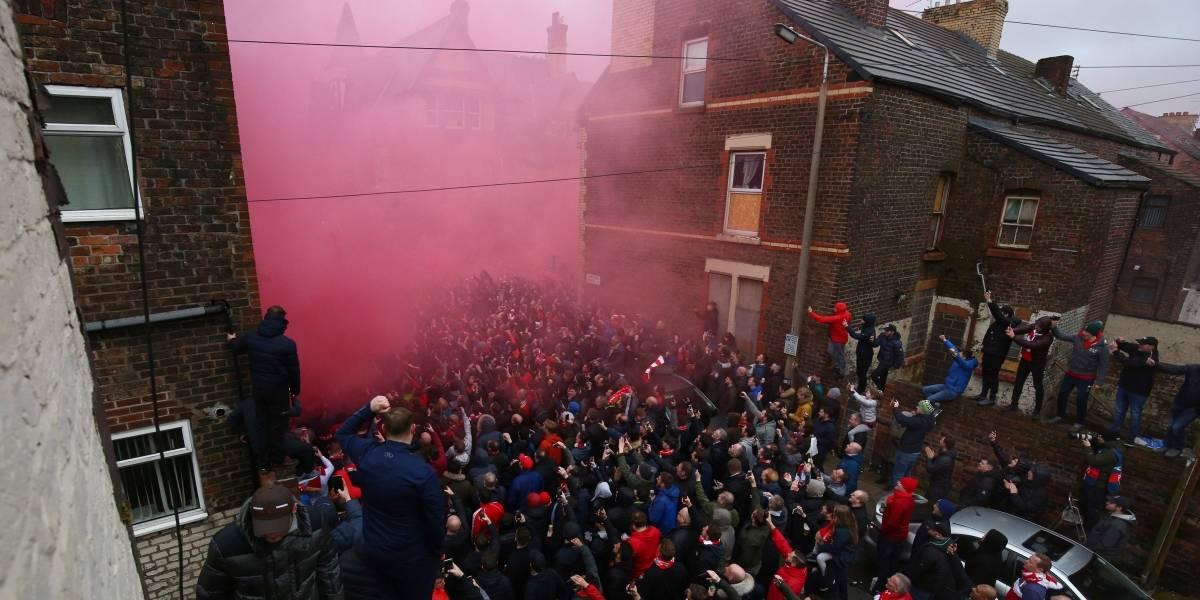 ¿Penas del infierno? UEFA podría sancionar duramente a Liverpool por ataque al bus del City