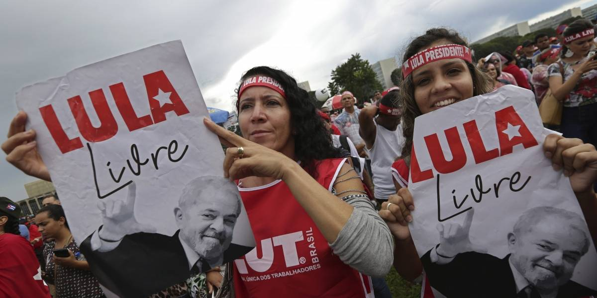 Lula da Silva se refugia en sede sindical con dirigentes del Partido de los Trabajadores