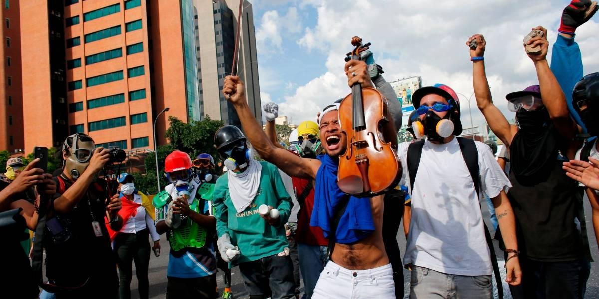 ¿Qué es del violinista rostro de protestas en Venezuela?