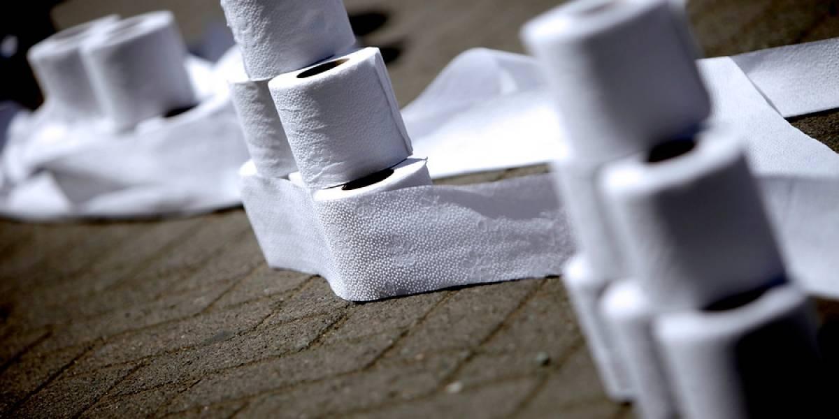 Parece que se les pasaron algunos ceros: policía compra 24 mil rollos de papel higiénico por error