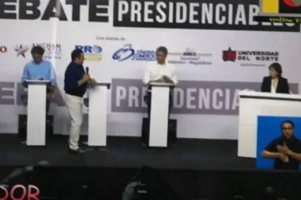 Regaño Vargas Lleras