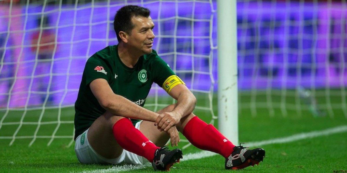 La reacción de los mexicanos al ver el gol de Ronaldinho por encima de Borgetti