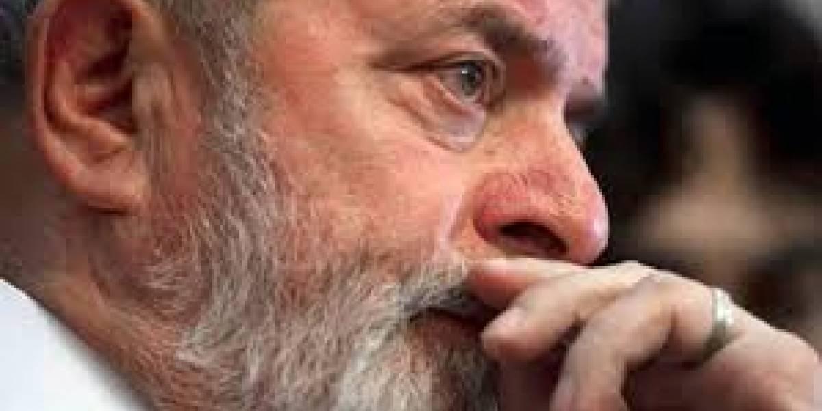 Juez Sergio Moro decreta la prisión del expresidente Lula en Brasil