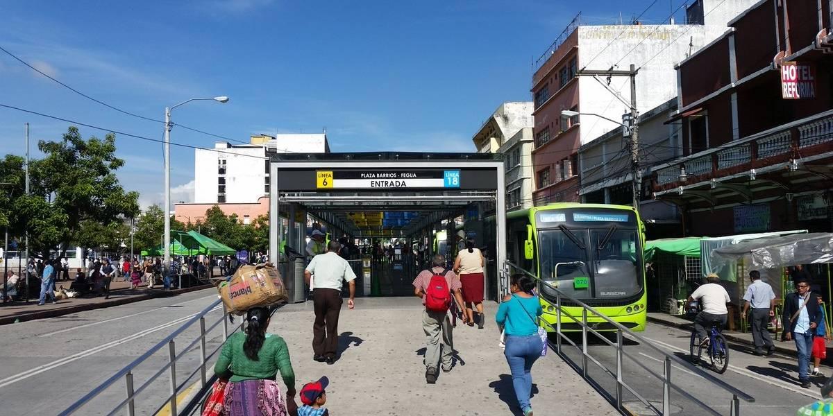 Detienen a presunto agresor sexual en estación de Transmetro