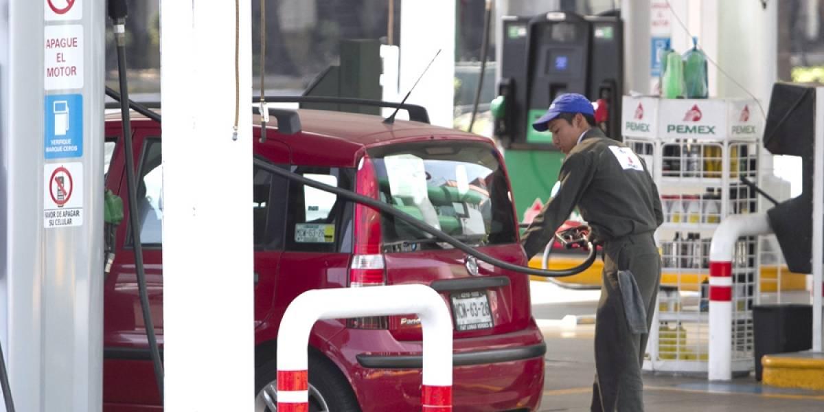 Preocupa a gremio gasolinero alza en precio del combustible