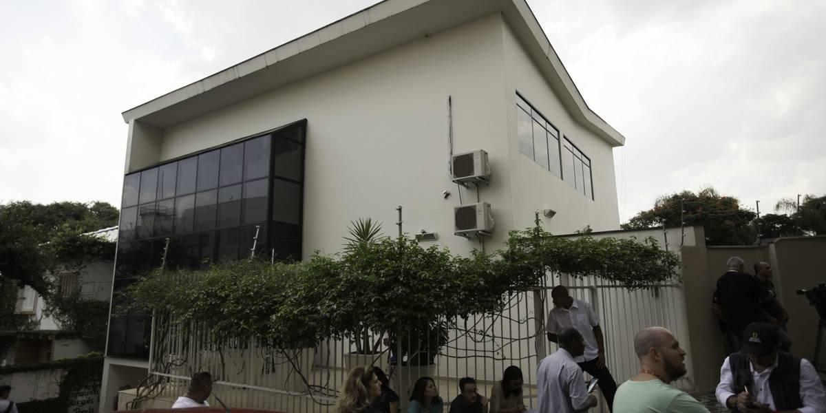 Após decisão de Moro, advogados voltam ao prédio do Instituto Lula