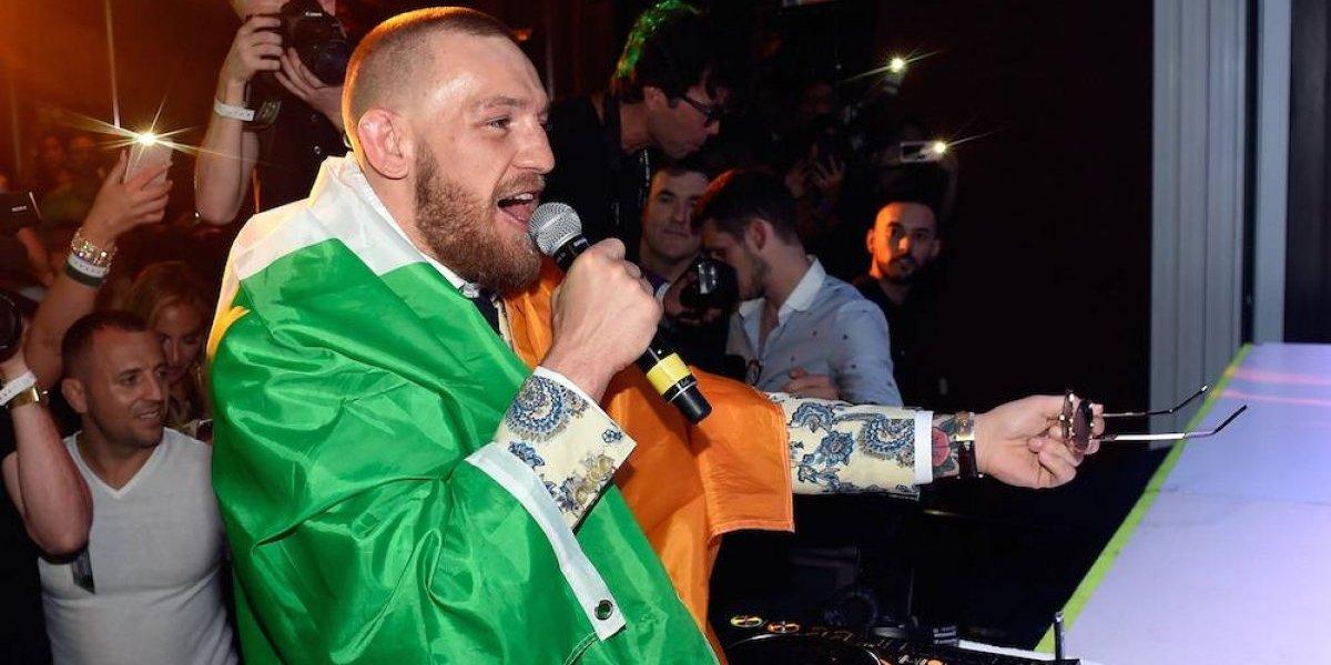 Conor McGregor causa disturbios en presentación de UFC 223
