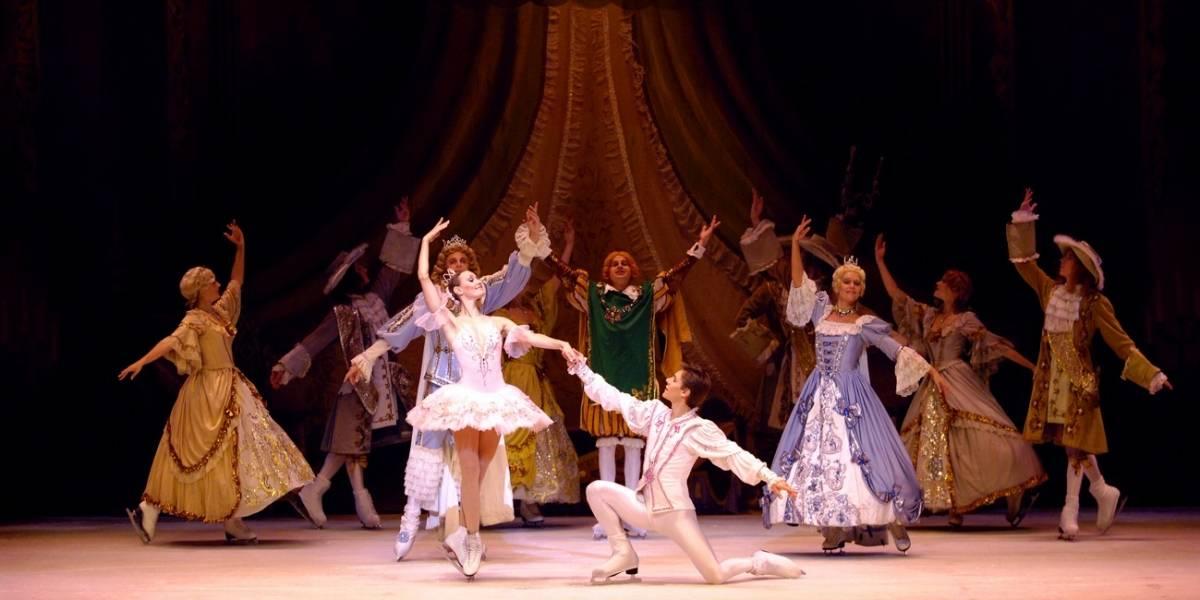 Balé Estatal de São Petersburgo encena A Bela Adormecida no gelo