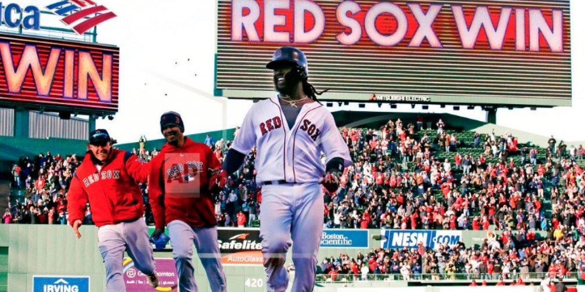 Cora y Medias Rojas continúan su racha de victorias en Boston