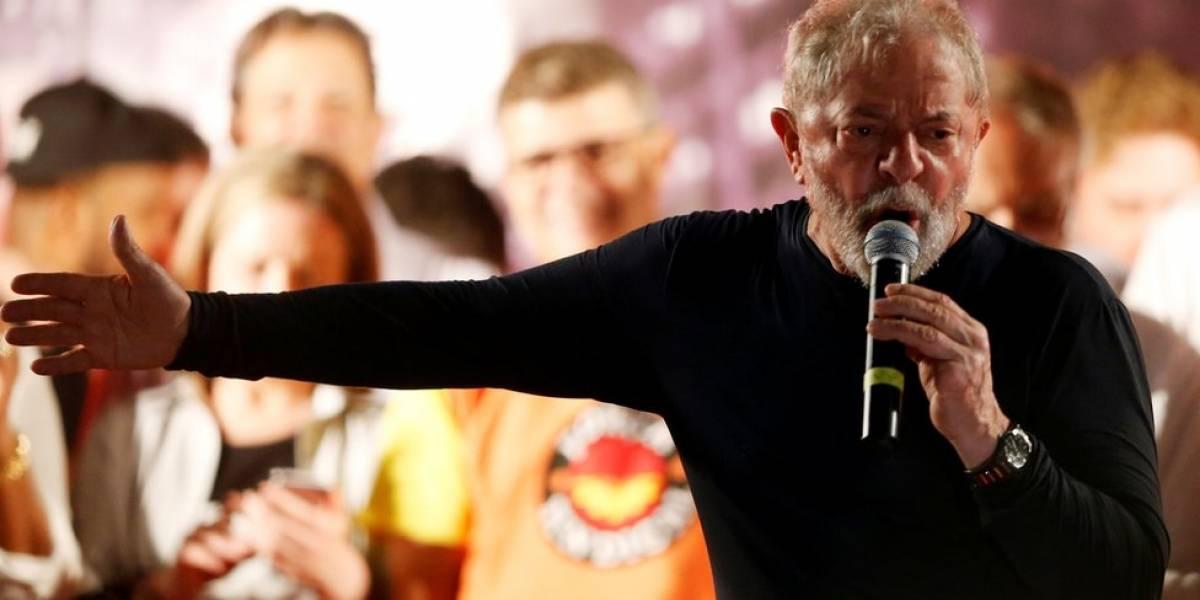 Defesa pede a Gilmar Mendes que suspenda transferência de Lula
