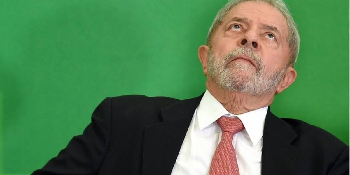 """Queda de Lula é """"triste e humilhante"""" mas indica """"revolução"""" no Brasil, diz Financial Times"""
