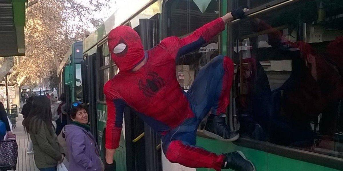 """""""Estúpido y Sensual Spiderman"""": el """"superhéroe""""  que baila sexy y es un fenómeno viral"""