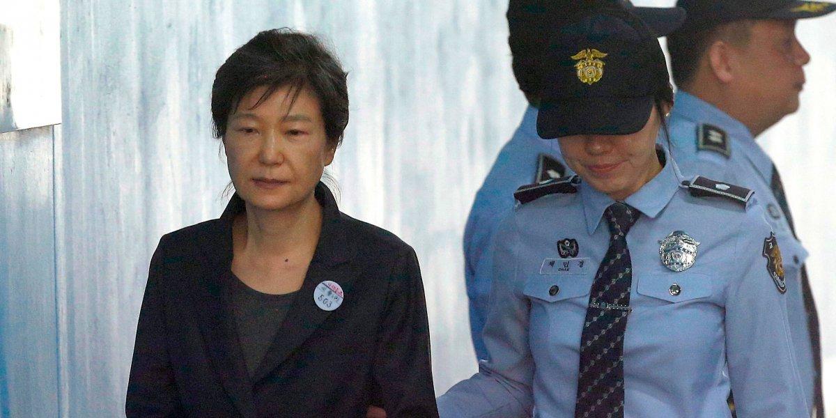 Ex presidenta de Corea del Sur es condenada a 24 años en prisión por corrupción