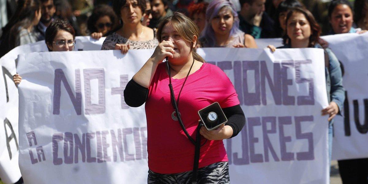 Aborto en tres causales: parlamentarios presentan proyecto para financiar el procedimiento a mujeres afiliadas a isapres
